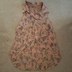 Body Central sleeveless shirt, peach pattern, S